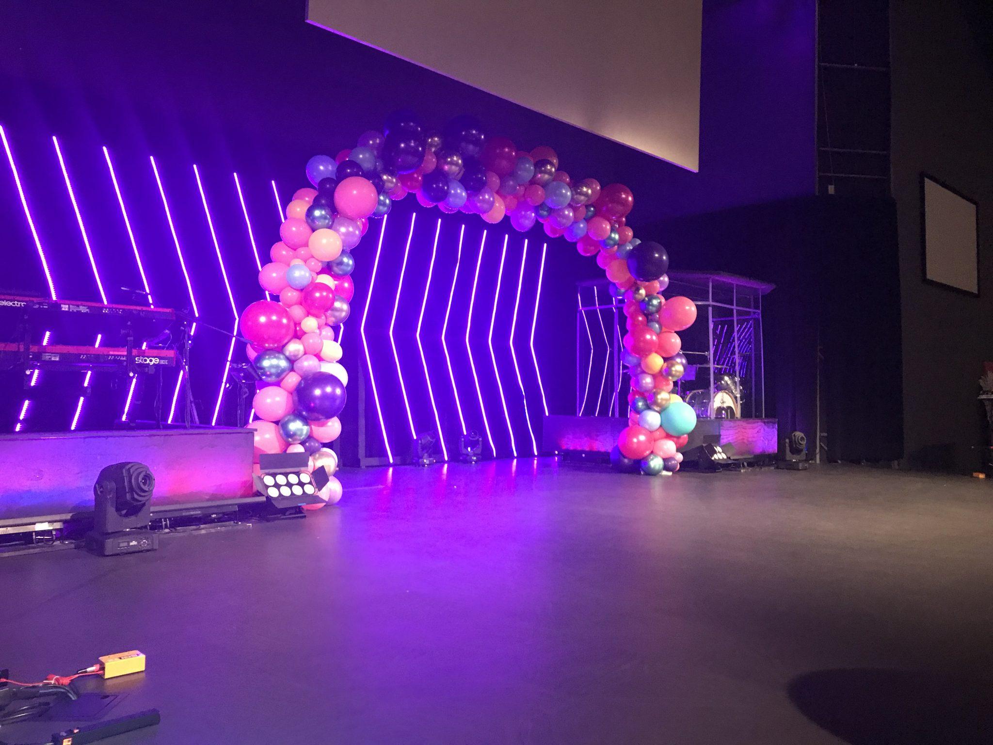 Organic Balloons | Balloon Arches