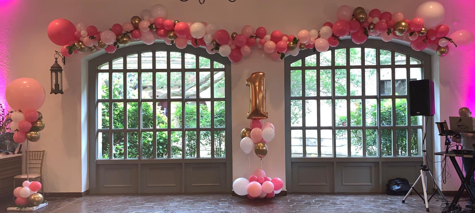 Organic Garland | Organic Balloons | Balloon Column